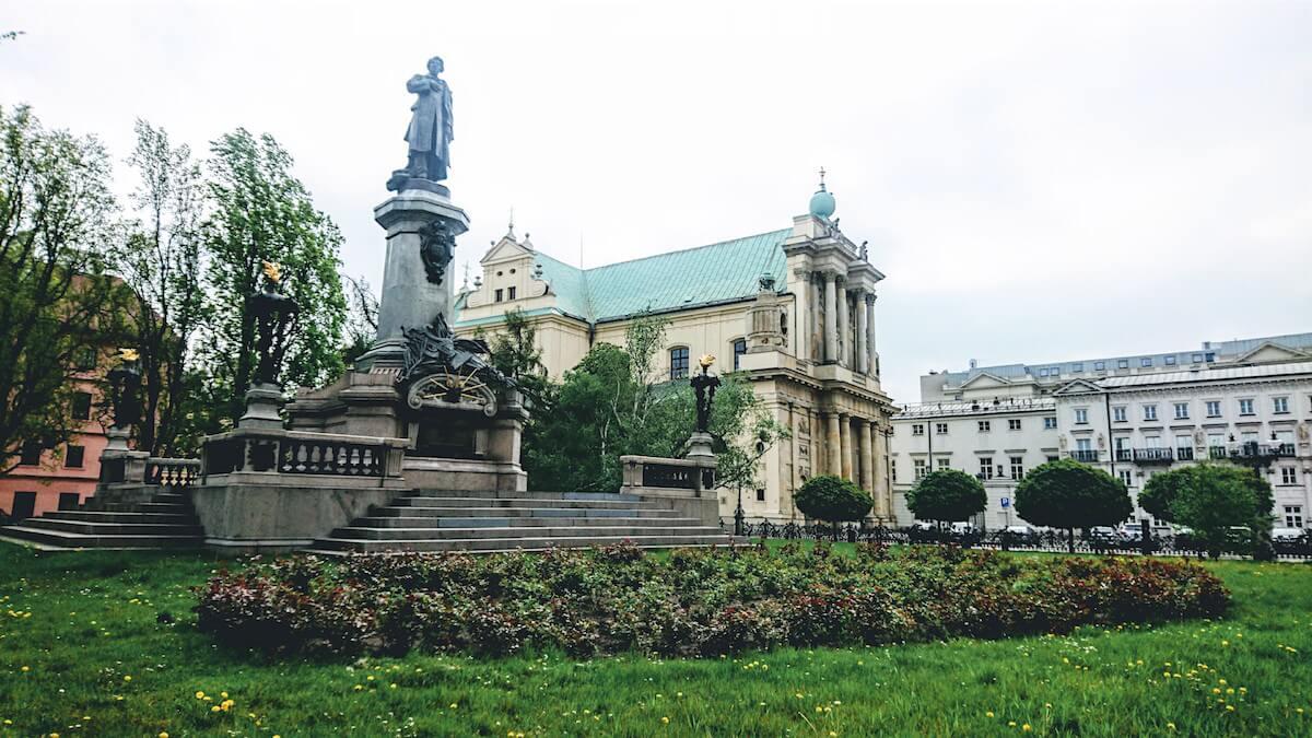 Warsaw Attraction: Adam Mickiewicz Square (Skwer Adama Mickiewicza)