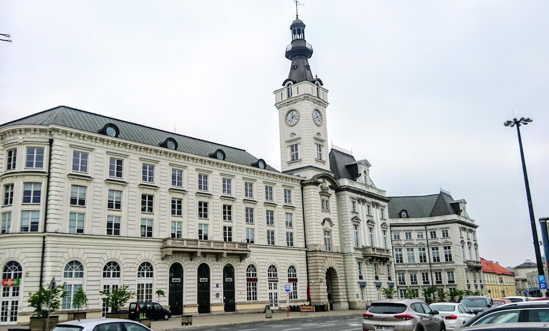 What to See in Warsaw: Be Wowed by the Jabłonowski Palace (Pałac Jabłonowskich)