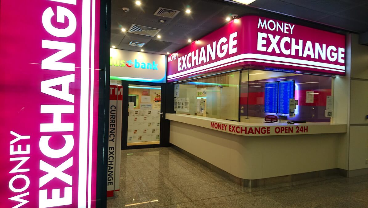 """""""Money Exchange Open 24h"""" at Arrival Hall @ Warsaw Chopin Airport, Poland"""