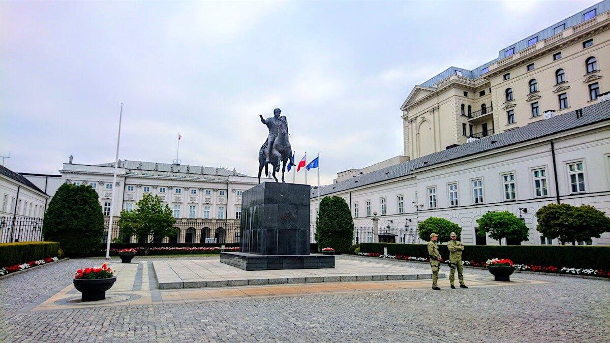 Warsaw Attraction: Presidential Palace (Pałac Prezydencki)