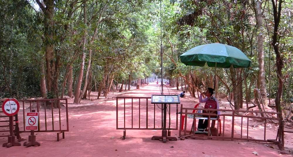 Preah Khan Checkpoint